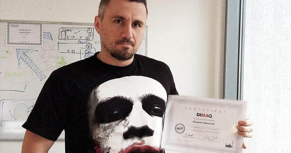 Jak zdać egzamin DIMAQ? O tym, jak najlepiej się przygotować, piszą posiadacze certyfikatów.